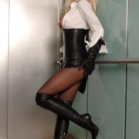 Обычный лифт, обычная соседка...