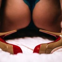 Попа и каблуки