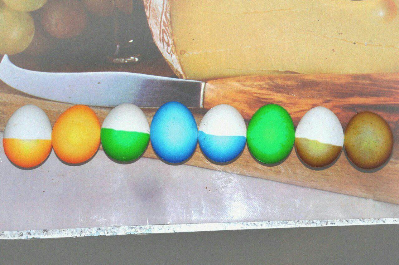 Когда сисадмин красит яйца к Пасхе