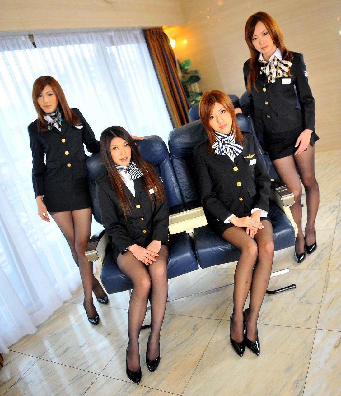 Спецуслуги японских стюардесс 14 фотография