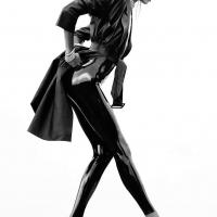 Латексный костюм под халатиком