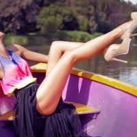 Каблуки - самое то для лодки!