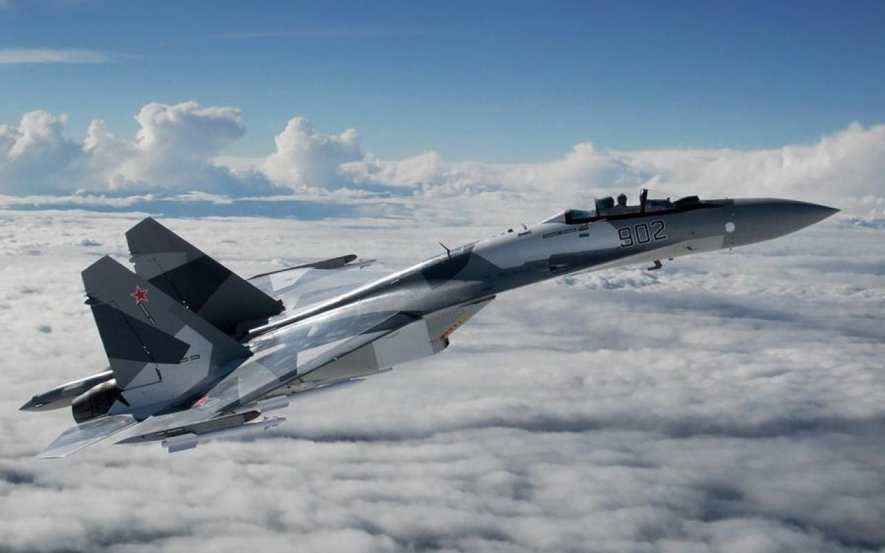 Су-35 ВКС РФ над облаками