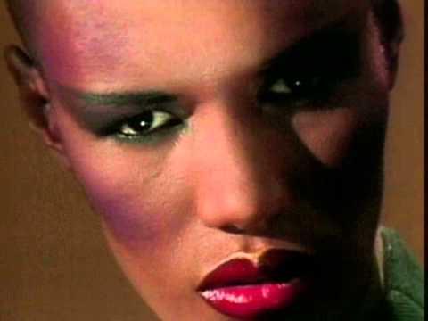 Grace Jones— I've Seen That Face Before (Libertango)